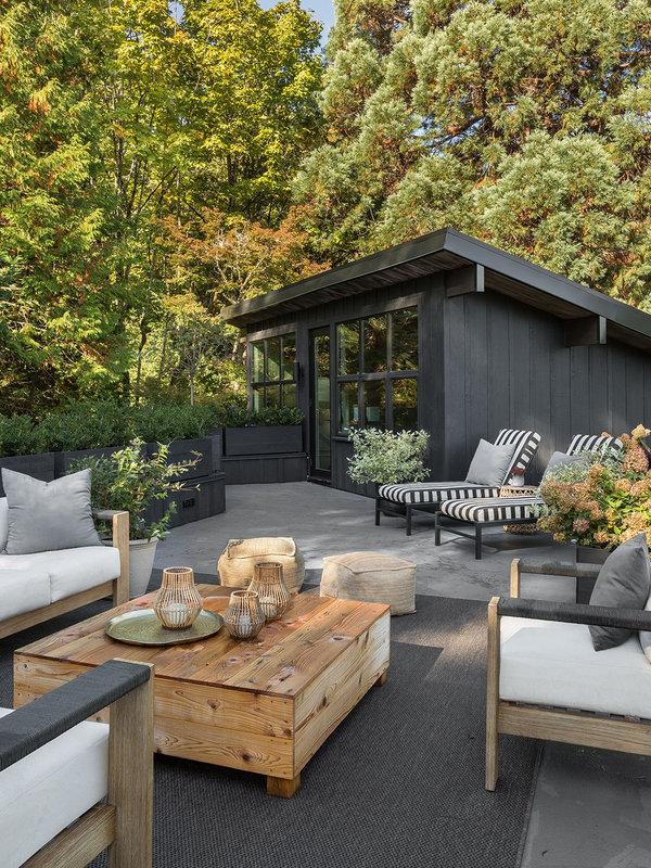 Jasmine Terrace: Outdoor : Design Elements
